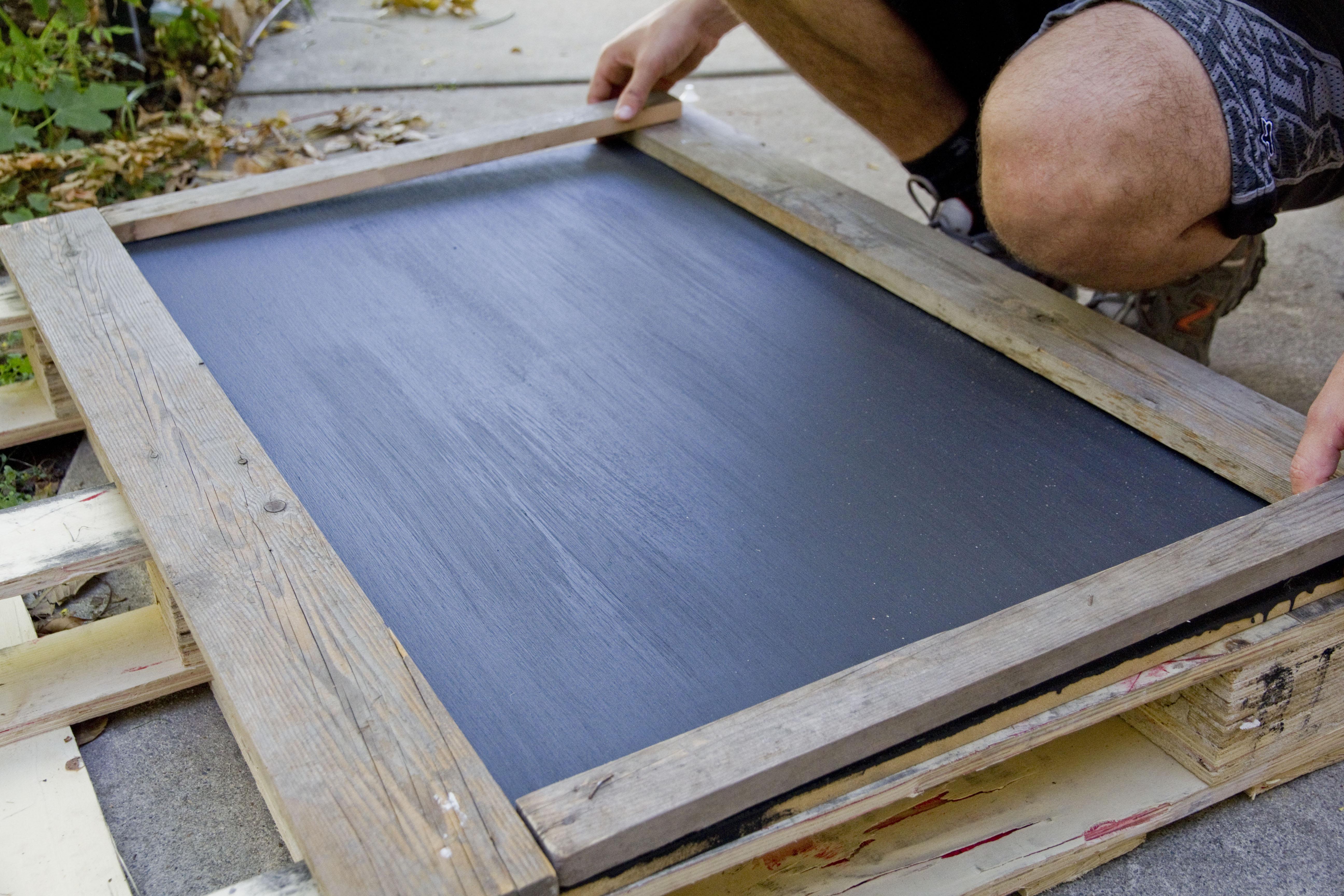 diy rustic framed chalkboard tiffany lane - Diy Chalkboard Frame